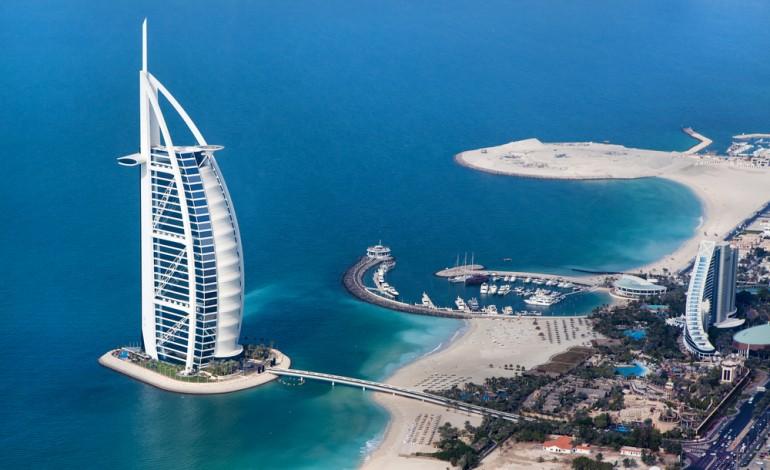 دبي تستقبل 14.2 مليون زائر في العام 2015 وتحقق ضعف معدل النمو في قطاع السياحة العالمي