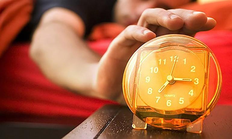 أنت لا تحب الاستيقاظ مبكراً؟ حاول الإستفادة من عناوين هذا الأسبوع