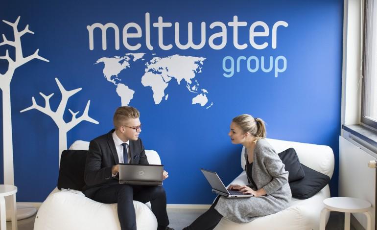 """تطبيق """"Meltwater"""" للجوال لمتابعة السوشيال ميديا"""
