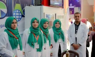 """روّاد شباب من غزة ينتجون """"جبنة"""" لعلاج هشاشة العظام"""