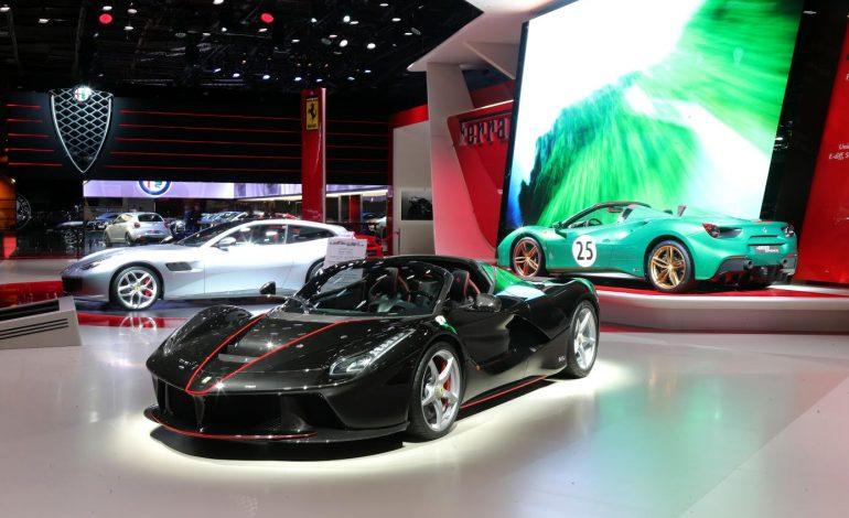 السيارة LaFerrari Aperta: تظهر قريباً في معرض باريس