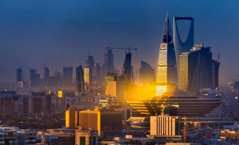 دول الخليج تتأهب لمواكبة الجهود لزيادة الإيرادات الحكومية