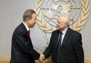 Secretary-General Ban Ki-moon (right) meets Talal Abu-Ghazaleh, Chair of the Global Alliance for Information and Communication Technologies for the Department of DESA