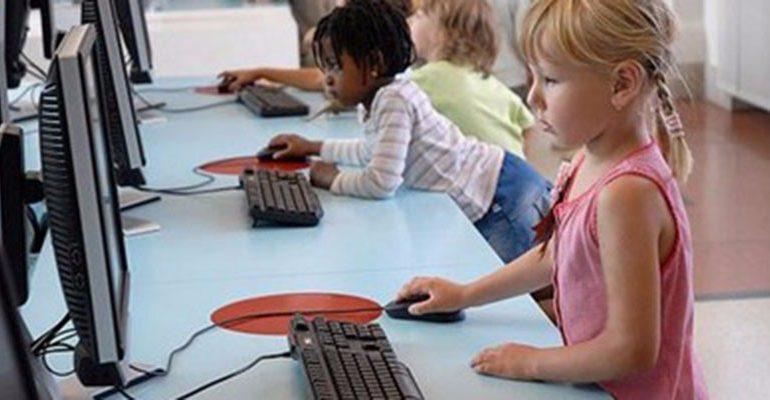 نصف سكان العالم سيتصلون بالإنترنت بنهاية 2016
