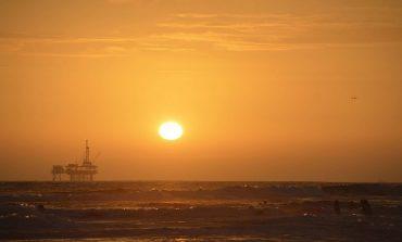 مصادر عليمة تكشف عن توقعاتها لأسعار النفط في 2017