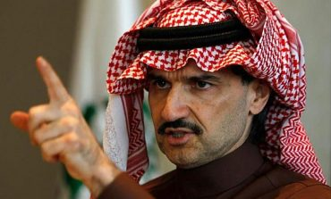 الأمير الوليد يُغرّد موجهاً رسالة حادة لأمير الرياض