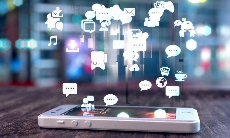 نشاطك في مجموعات الفيسبوك يكسبك علاقات واسعة على المدى الطويل