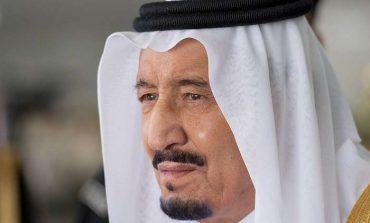 الملك سلمان يأمر بإصدار رخص قيادة السيارات للمرأة