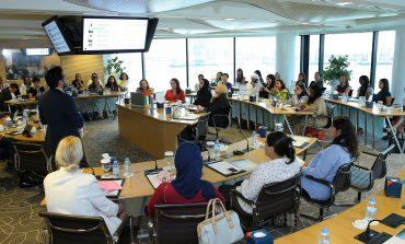 مجلس سيدات أعمال دبي وبنك سوسيته جنرال بحثا تسهيل التمويل والمساواة بين الجنسين
