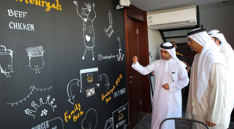 """بدعم من غرفة دبي  فرع جديد لمشروع """"همبرجه"""" في منطقة مارينا كيوبز – ميناء راشد"""