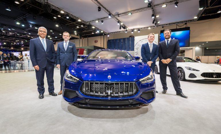 مازيراتي أفريقيا والشرق الأوسط تكشف النقاب عن سيارة جيبلي الجديدة خلال معرض دبي الدولي للسيارات 2017