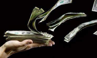 خسائر فادحة للدولار مع توقعات بزيادة التضخم