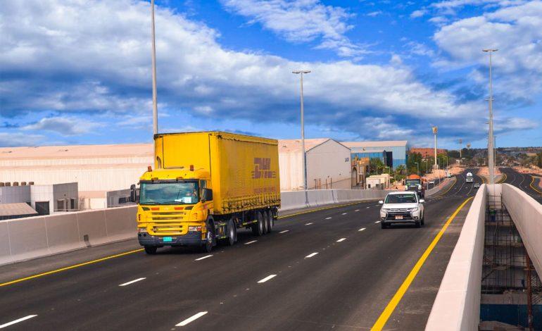 انجاز ممر دبي اللوجستي يسهل حركة المرور والشحن في كامل منطقة جبل علي