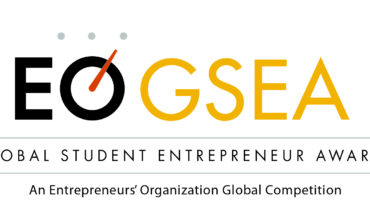 طالب من الجامعة الأمريكية بدبي يفوز في مسابقة جوائز رواد المشاريع العالمية