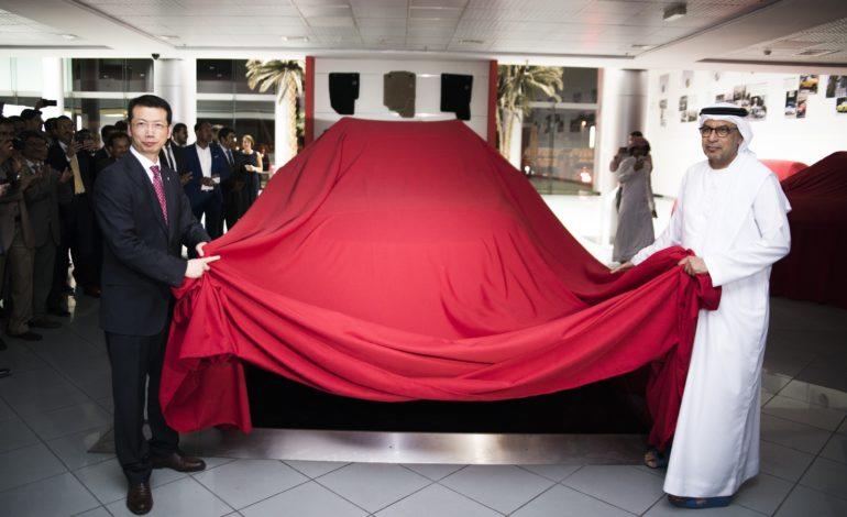 'إم جي موتور' و'اليوسف موتورز' تفتتحان صالة عرض جديدة في دبي