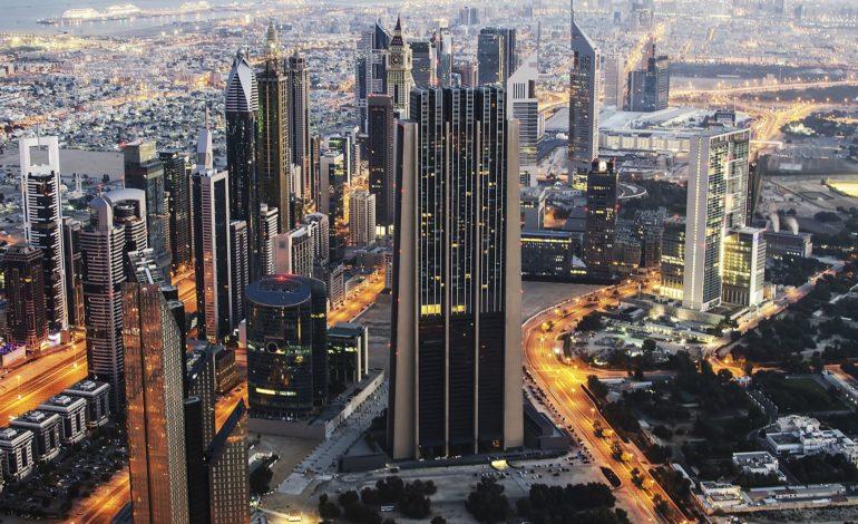 سوق العقار في الإمارات تبدي مؤشرات إيجابية بعد أشهر من الاتجاه الهبوطي