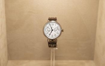 أوميغا تطلق ساعة عصرية تعمل بالحركة التقليدية التي تعود إلى العام 1913
