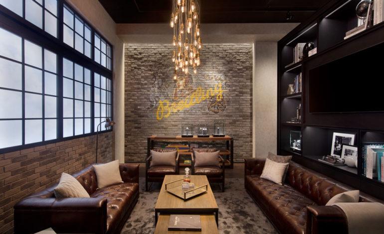 'بريتلينغ' تفتتح متجراً جديداً في 'دبي مول'