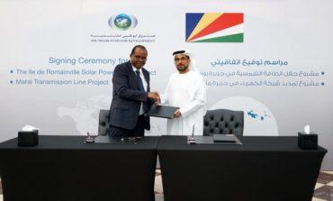 """""""  أبوظبي للتنمية """" يمول 70 مشروعاً تنموياً في قطاع الطاقة المتجددة حول العالم"""