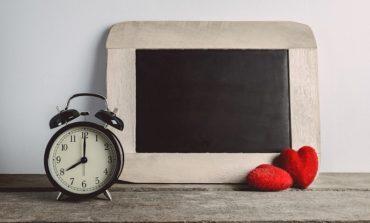 3 أسئلة لمساعدتك على الوقوع مُجددًا في الحب مع عملك