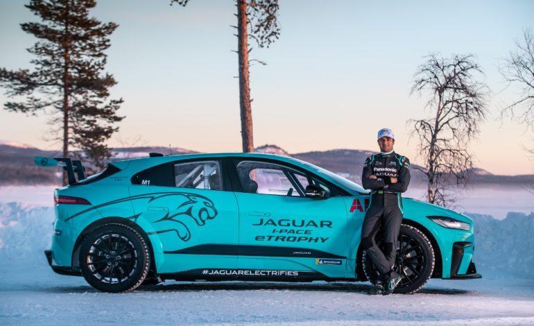"""""""جاكوار"""" تختبر قدرات سيارة I-PACE eTROPHY الكهربائية على الجليد في القطب الشمالي"""