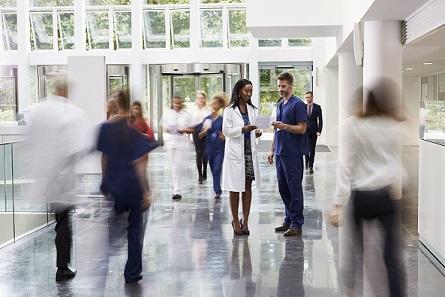 لماذا يجب أن تؤسس شركتك الناشئة في مجال الرعاية الصحية