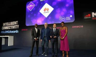 "HUAWEI Mate 20 Pro ""أفضل هاتف ذكي"" في 2019 ببرشلونة"