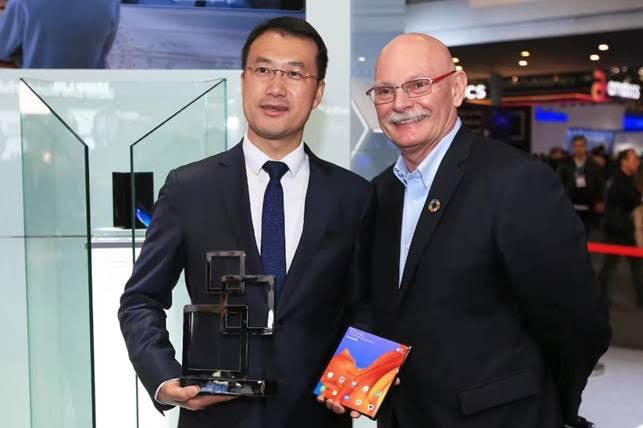 هواوي تفوز بـ47 جائزة أولى في ملتقى عالم الهواتف النقالة 2019