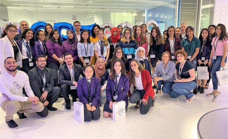 طلبة دبي يحتفون بفعالية سيسكو «فتيات في التقنية»