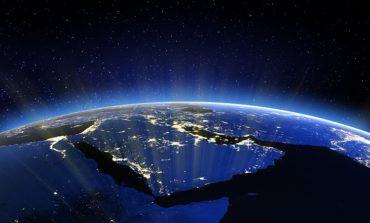 اعمل محليًا وفكر عالميًا: كيف يُنمي رواد الأعمال في المملكة العربية السعودية مشاريعهم دوليًا