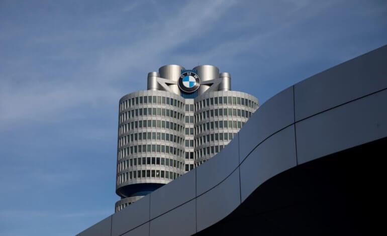تعاون BMW وجاغوار لاند روفر  لتطوير الجيل القادم من تكنولوجيا السيارات الكهربائية