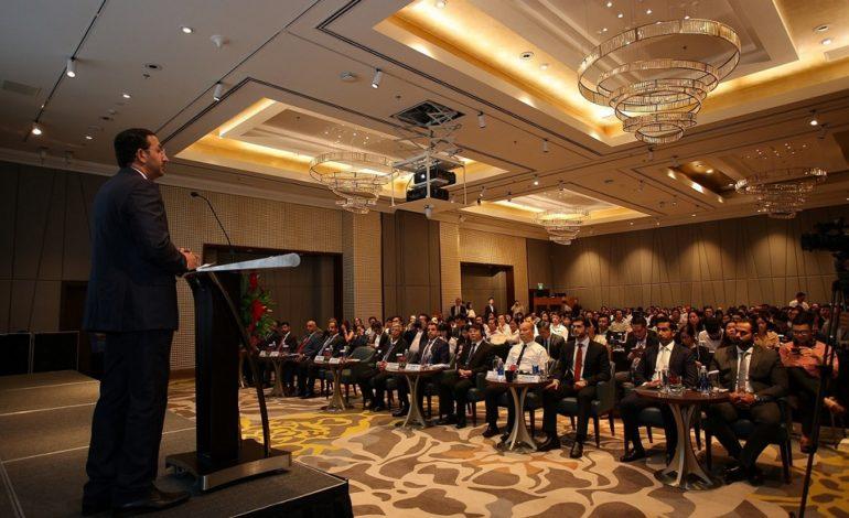 400 مسؤول ورجل أعمال يحضرون أسبوع التجارة والاستثمار الإماراتي الفيتنامي
