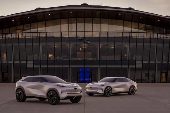 إنفينيتي تنتقل نحو السيارات الكهربائية وتطور تصاميمها