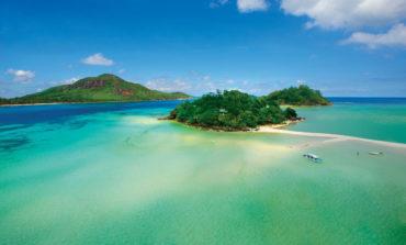جيه إيه انشانتد آيلاند في جزر السيشيل منتجع الجزيرة الرائد عالميًا لعام 2019