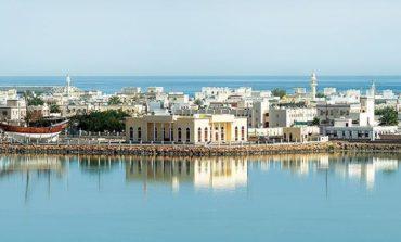 """""""سلطنة عُمان تسجّل نمواً بنسبة 43.6% في أعداد السياح القادمين عبر السفن السياحية في 2019"""
