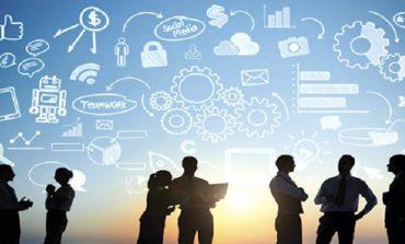 أبرز 10 توقعات لكبار مسؤولي المعلومات ما بين 2020-2025