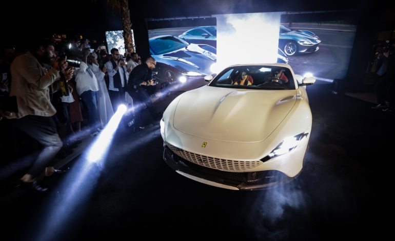 الظهور الاول لسيارة فيراري روما في دبي والشرق الاوسط