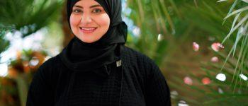 تكريم الإماراتية منى الحبسي لمساهماتها في قطاع الضيافة خلال جوائز المرأة العربية للقيادة و ريادة الأعمال