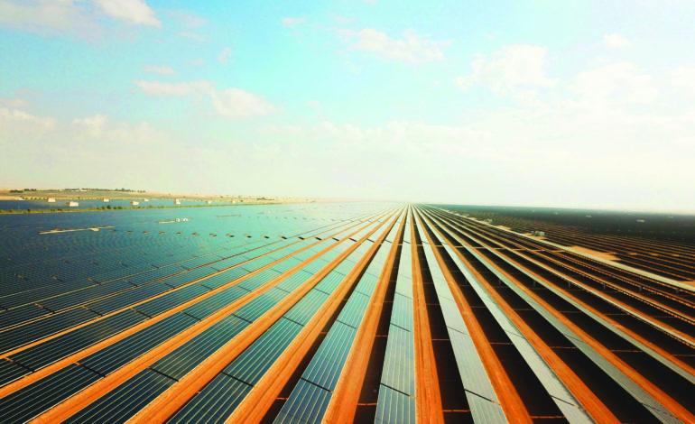 نجاح الإغلاق المالي لأكبر محطة مستقلة للطاقة الشمسية الكهروضوئية في سلطنة عُمان
