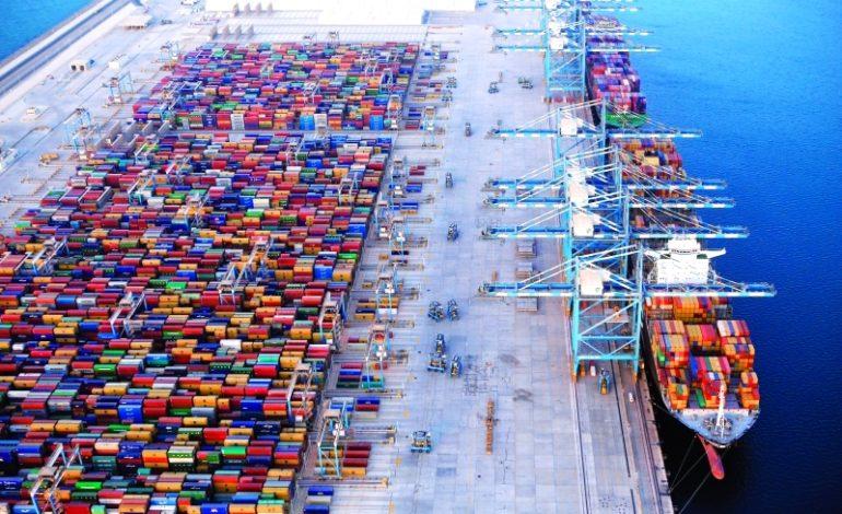 اتفاقية استراتيجية لإنشاء أول محطة لتخزين السوائل الكيميائية في ميناء خليفة
