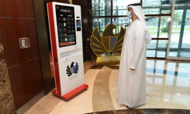 جمارك دبي تطلق جهازين للتعقيم (محطة الأمان) و(مُعقم الهاتف المحمول) للوقاية من فيروس كورونا
