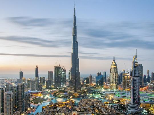 """""""دبي للسياحة"""" تطلع شركاءها على استعدادات المدينة للترحيب بضيوفها بدءا من السابع من يوليو"""