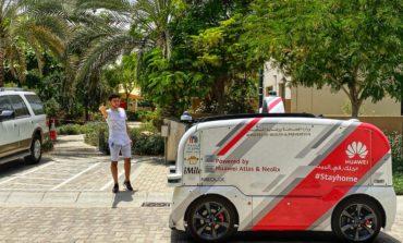 وزارة الصحة توزع منتجات طبية وقائية بسيارة ذاتية القيادة