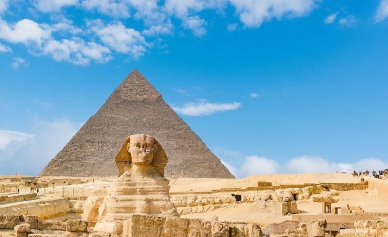 مصر تستعد للتوقيع على 12 اتفاقية جديدة للبحث عن البترول و الغاز