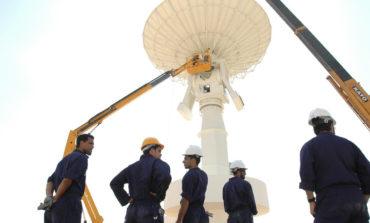 مركز محمد بن راشد للفضاء يحتفل بمناسبة أول قمر إماراتي للاستشعار عن بعد