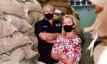 """الأشخاص بالمقدمة: كيف تقوم شركة"""" RAW Coffee""""  في دبي بحماية أعمالها خلال أزمة كوفيد-19"""
