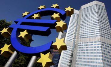المفوضية الأوروبية تعتزم الطعن على قرار قضائي بمنح أبل مزايا ضريبية في أيرلندا
