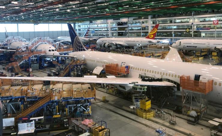 بوينج تسلم 228 طائرة تجارية خلال الربع الثالث من العام الحالي