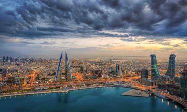 قانون جديد في البحرين يسهل حصول الشركات المتوسطة والصغيرة على التمويل