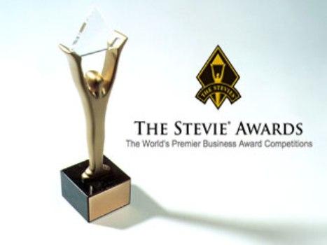 أقل من شهر لتقديم الترشيحات لأفضل الجوائز في مجال خدمة المبيعات وتطوير الأعمال ومراكز الاتصال